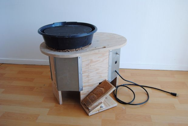 DIY Electric Pottery Wheel by Colemishler